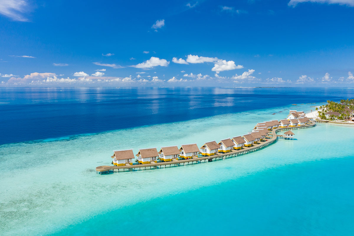 Review Saii Lagoon Maldives, Curio Collection by Hilton
